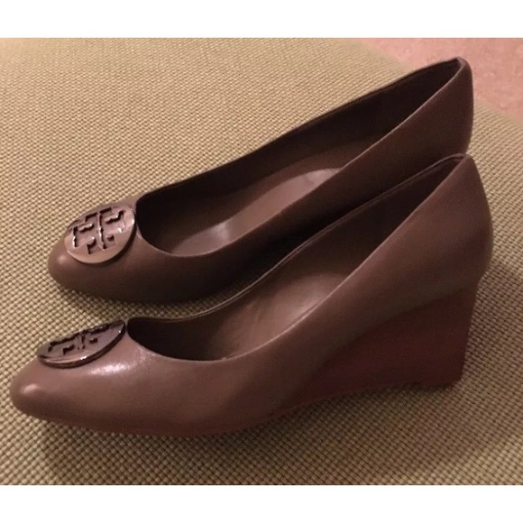 Tory Burch Shoes - Tory Burch NEW w/tags Alice wedges fango/gray 10.5